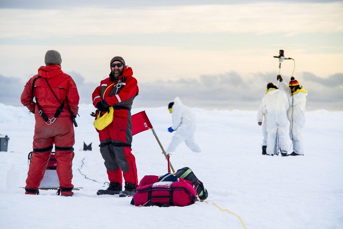 Drilling ice Delphine Lannuzel