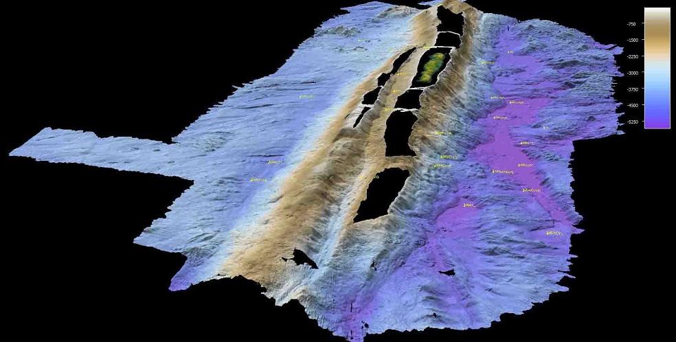bathymetry upper slope